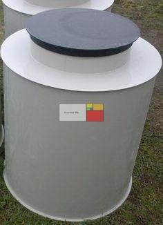 UNITANK VAM-H 1000 - hegesztett PP. műanyag - mászható vízóra akna, lépésálló tetővel